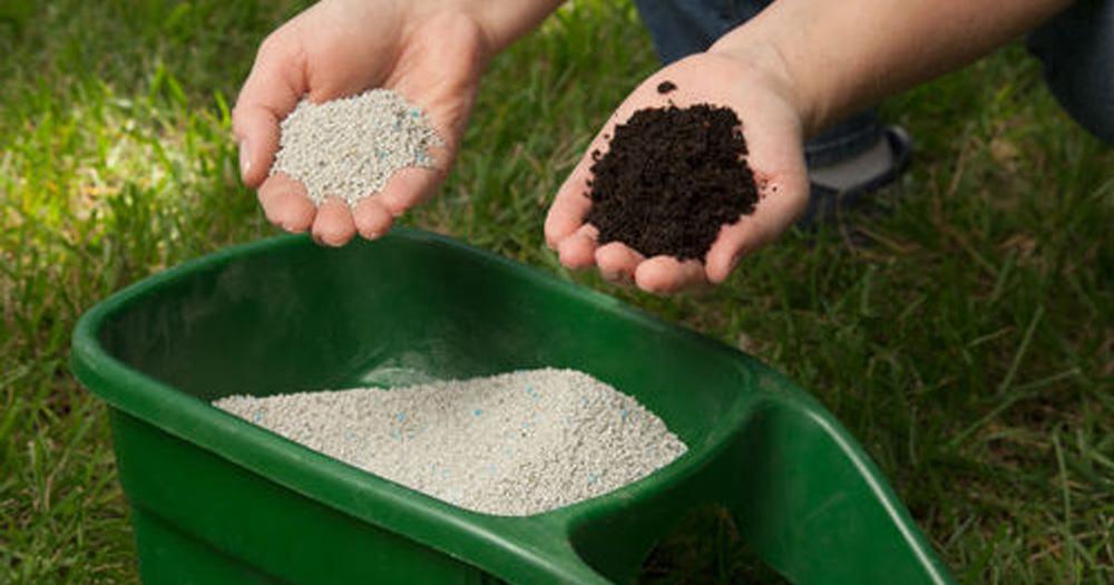 Vai trò của phân bón vô cơ và hữu cơ đối với đất